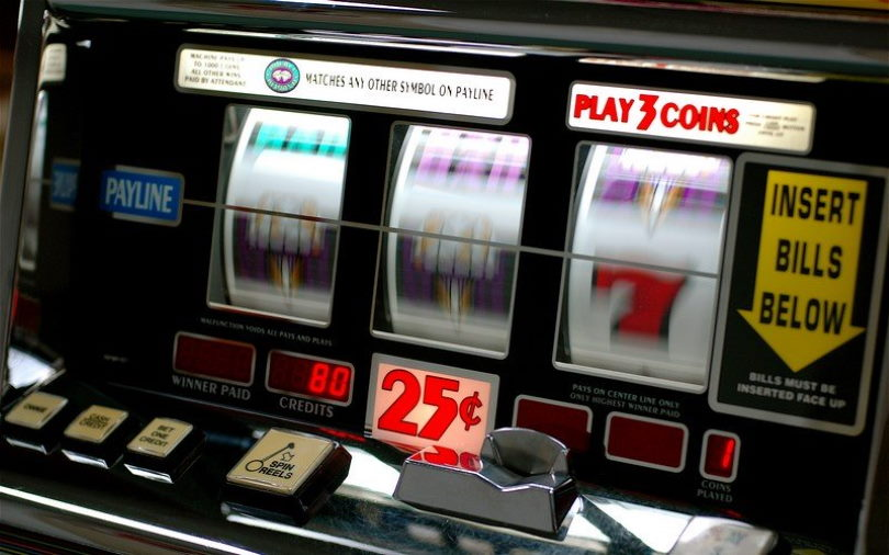 3-Reel Slot Machine
